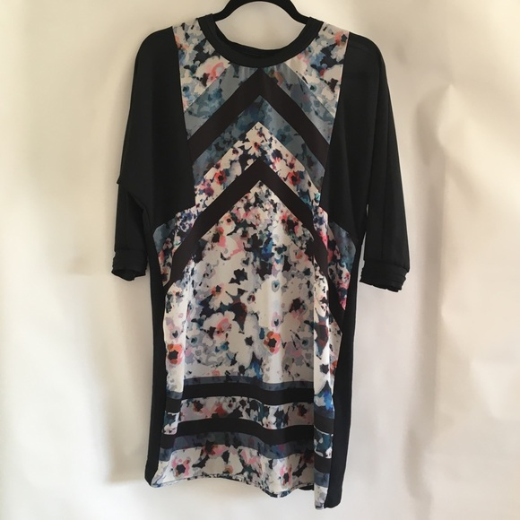 Zara Dresses & Skirts - Zara W&B Collection Floral Sheer Front S 28